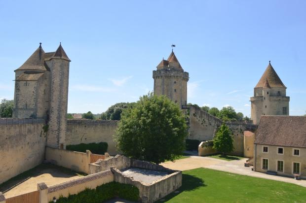 chateau_blandy_les_tours-19